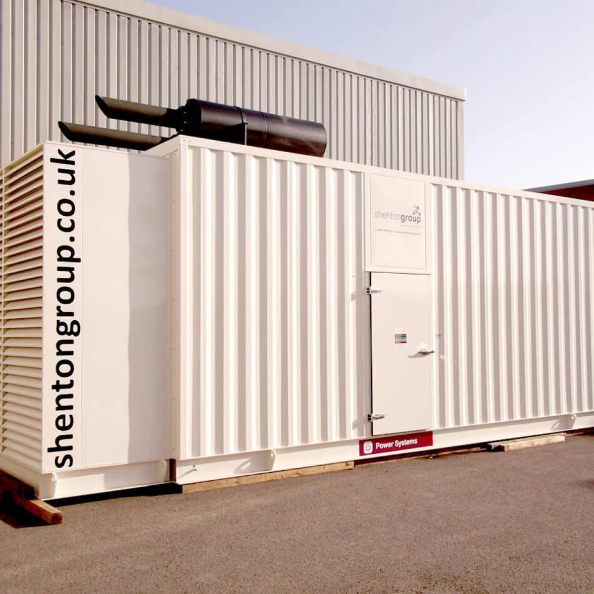 Generator Install Provides Standby Power System for Building Infrastructure and Data Centre